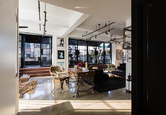 Garment district p t interiors boutique interior for Interior design agency paris